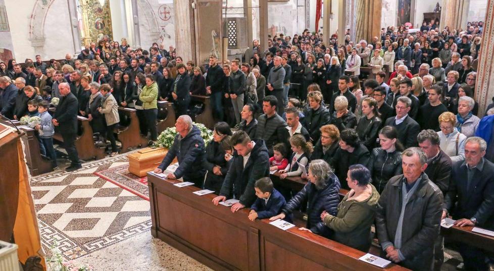 Funerali Catalin e Elisa
